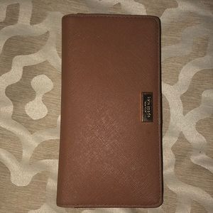 Kate Spade Brown Leather Wallet.
